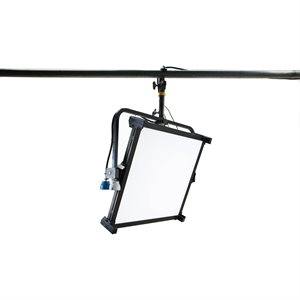 Kino Celeb 450Q LED DMX Pole-Op, Univ