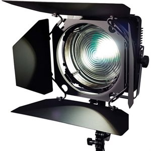 ZYLIGHT F8-D LED FRESNEL (5600K)